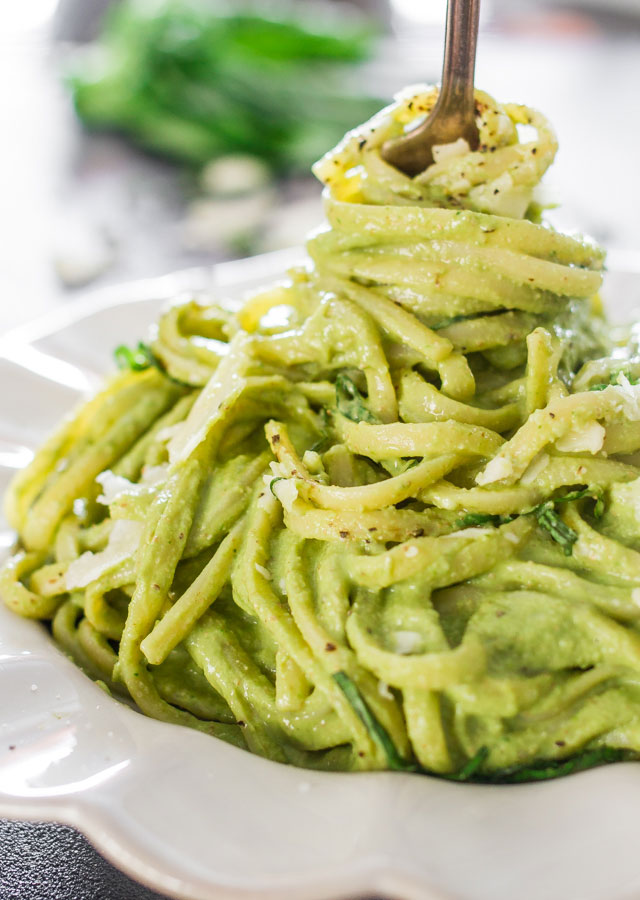 avocado-and-spinach-pasta-3