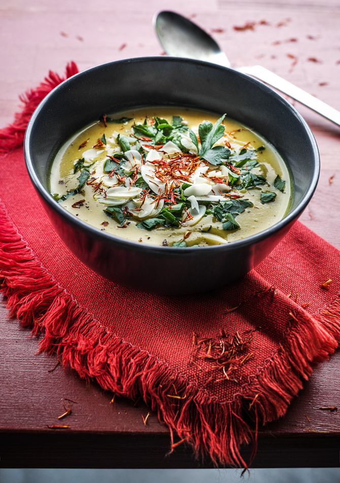 saffron_cauliflower_cream_soup_recipe