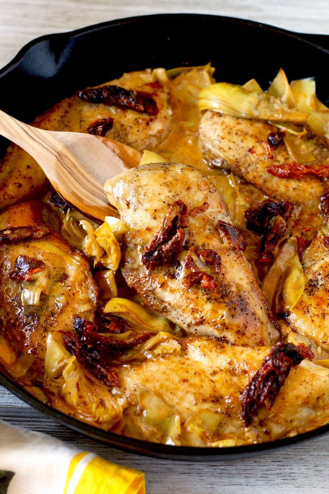Chicken With Artichokes and Sun Dried Tomato
