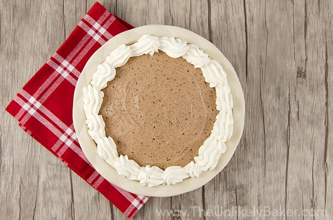 No Bake Baileys Chocolate Mousse Pie