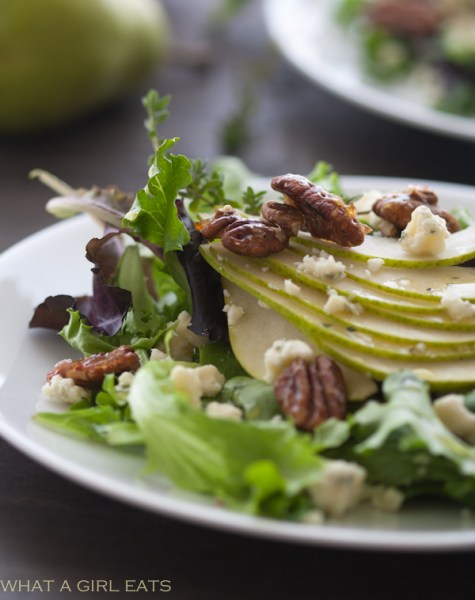 Pear Gorgonzola Salad with Candied Pecans
